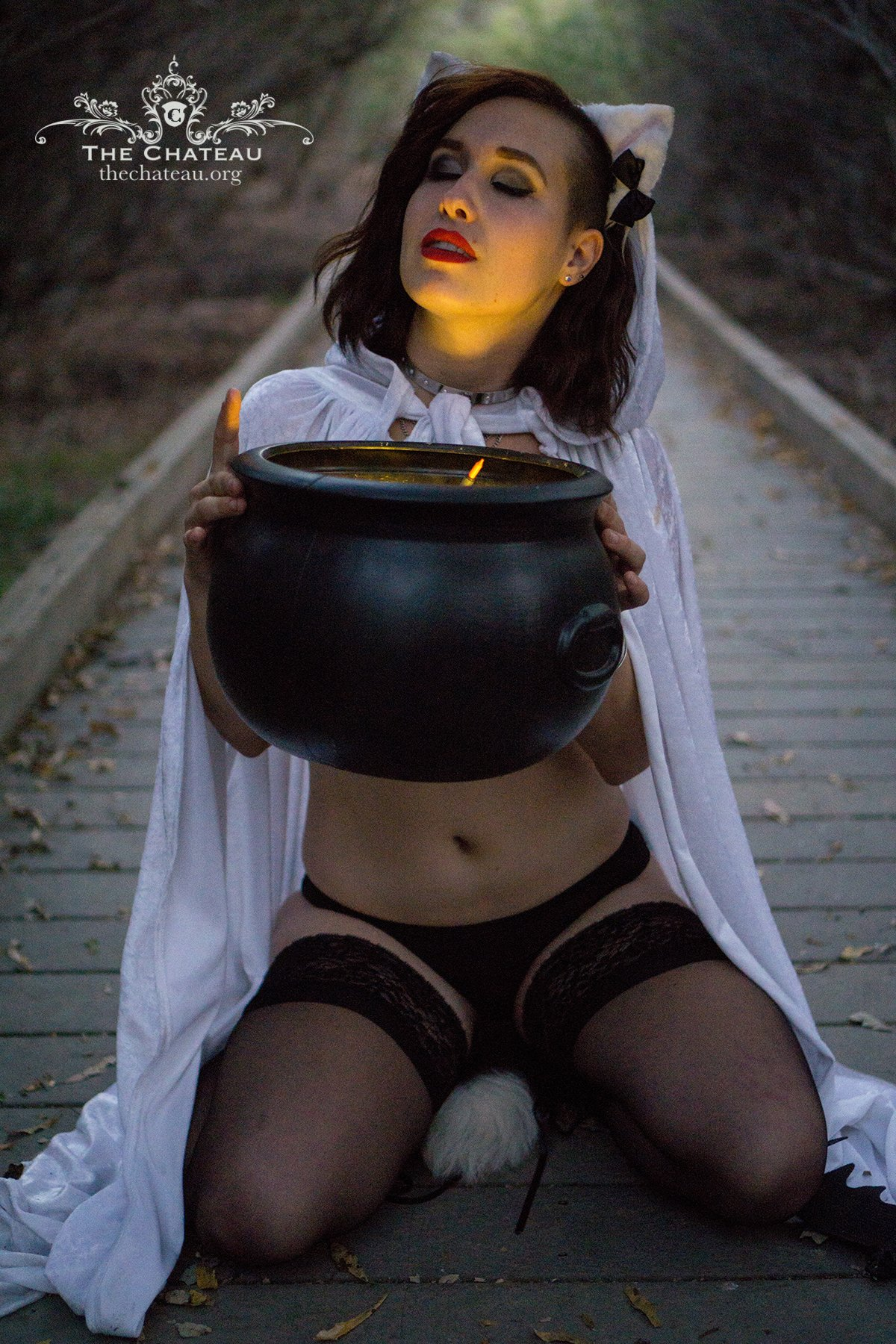 MissGrey's Halloween shoot! post thumbnail