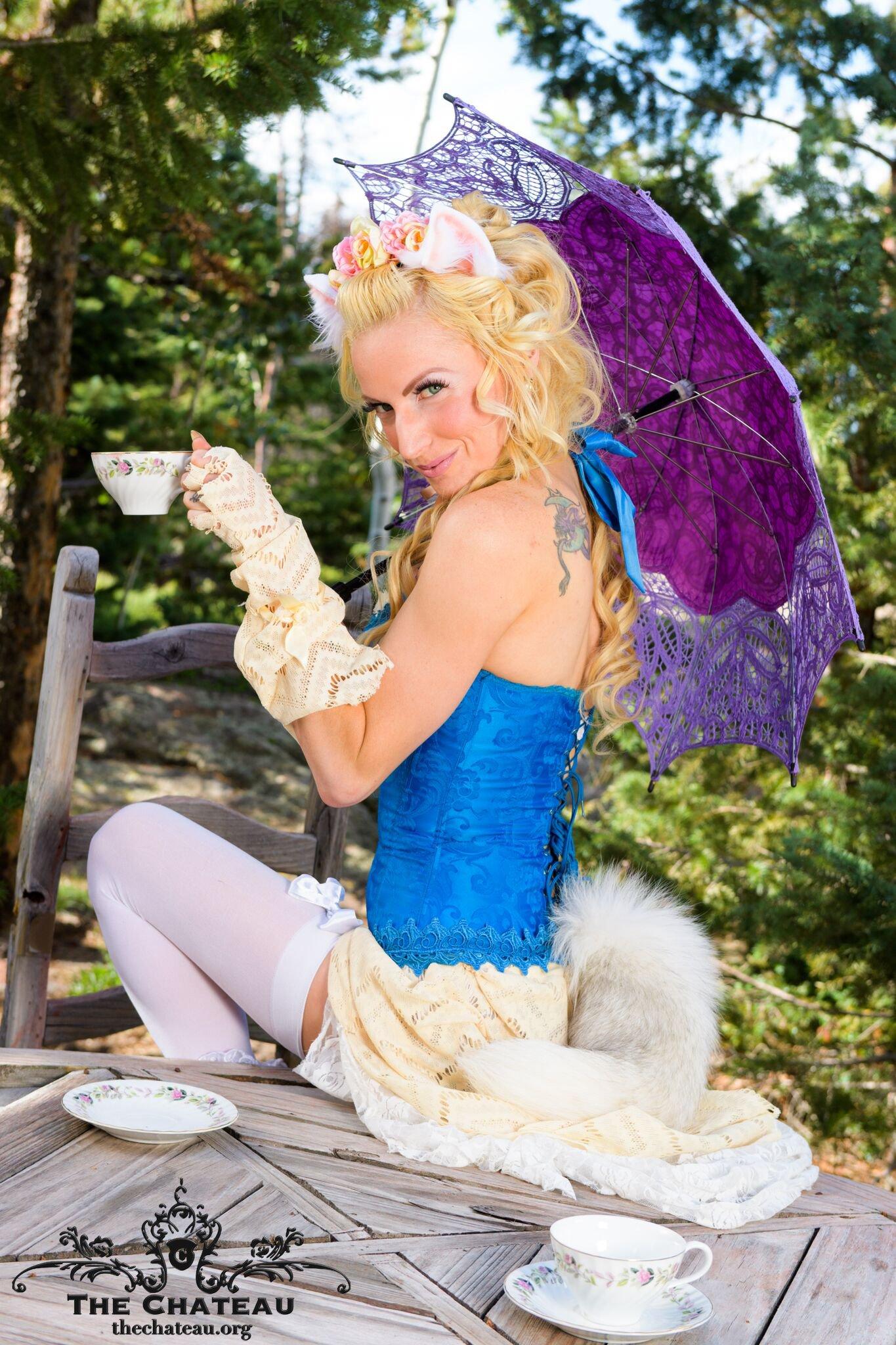Persia's Marie Antoinette Shoot post thumbnail